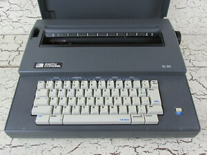Smith Corona Portable Electric Typewriter Worderaser Correct Sl 80 5a Usa