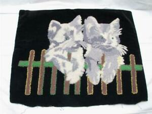 Vintage Hooked Pillow Case Cover Cats Kittens On Fence Cute Pet Decor