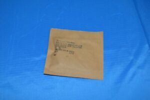 Lot Of 6 Paper Dielectric Fixed Capacitor 200vdc P n 54130596