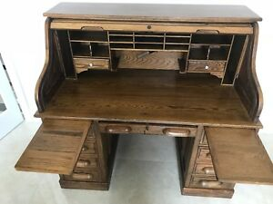 Vintage Large Roll Top Oak Wood Office Desk Library Desk Bank Clerk Desk Writing