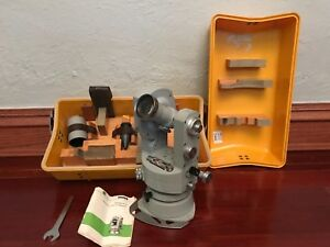 Carl Zeiss Th43 Th 43 Theodolite Survey Transit W Hard Carrying Case