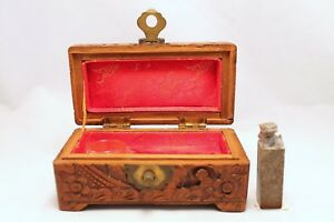 Vintage Chinese Carved Soapstone Foo Dog Seal W Mark In Carved Wood Hinged Box