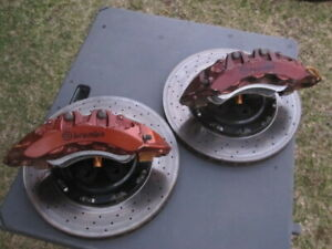 09 Nissan Gt R 6 Piston Brembo Front Brake Calipers 15 Rotor