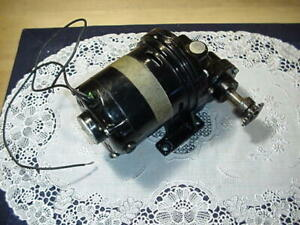 Bodine Electric Gearmotor Wse 11rg 115v 60 dc 1 25 Hp 40 65rpm 120 1 Ratio Used