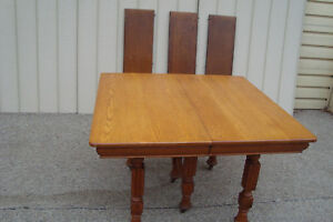 59649 Solid Oak Victorian Dining Table W 3 Leafs 44 X 80 Top