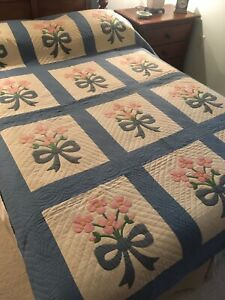 Antique Floral Applique Quilt Pink And Blue On White 18530