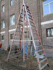 16 Werner Fiberglass Extension Trestle Ladder Extends To 26