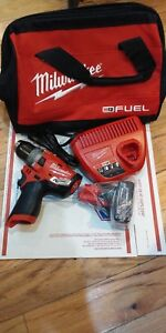 Milwaukee 2504 20 M12 Fuel 1 2 Hammer Drill 4 0 Battery Charger Bag
