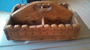 Early Antique Primitive Old Barn Find Wood Tool Box Carpenters Caddy Design