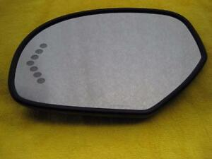 07 14 Gm Chevy Suburban Oem Drivers Left Side Turn Signal Led Mirror Chevy