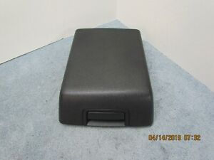04 08 Ford F 150 Center Console Lid Top Armrest Black Clean