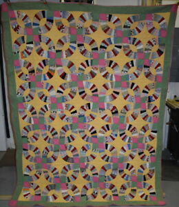 Antique Double Wedding Ring Quilt Multi Color On Yellow Background 18544