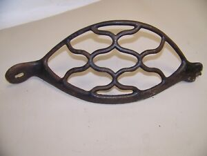 Vintage Singer Treadle Sewing Machine Cast Iron Base Dress Skirt Fly Wheel Guard
