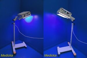 Draeger Pt 4000 Compact Overhead Photo therapy Unit W Ht Adjustable Stand 17854