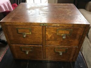 Antique Globe Wernicke Dovetailed Oak 4 Drawer Card Catalog File Cabinet