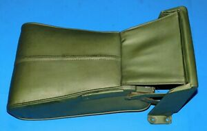 1968 1969 1970 Oldsmobile Toronado Front Center Seat Arm Rest Console