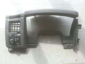 06 Dodge Ram 1500 Dash Trim Speedometer Bezel