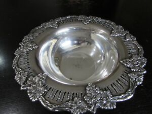 Silverplate Footed Bowl Sheffield Reproduction Grapes Leaves Vine Pierced