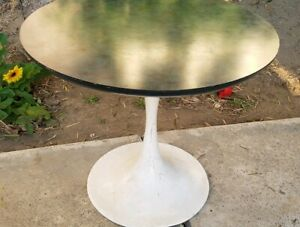 Vintage Tulip Style Side Table By Burke Knoll