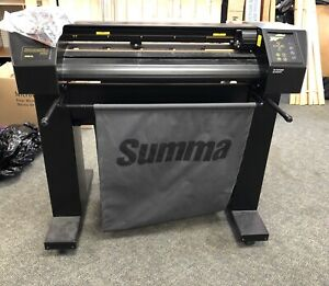 Summasign Pro Vinyl Cutter Sign Making Model D750sl