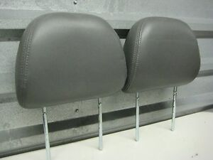 2001 2007 Ford Escape Mazda Tribute Front Seat Head Rests Grey Leather Pair 2