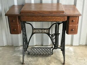 Antique Singer Sewing Machine With Table Cast Iron Circa 1928