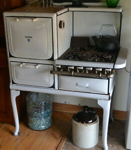 Antique Tappan White Porcelain Enamel Cast Iron Gas Stove Oven