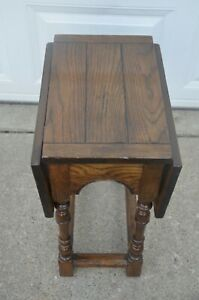 Drop Leafs End Table By Baker Furniture