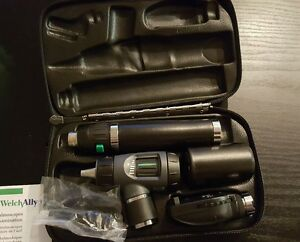 Welch Allyn Otoscope Opthalomscope Diagnostic Set Item 97200 ms New