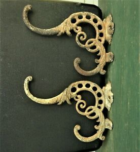 2 Antique Cast Iron Victorian Hooks Planter Coat Hat Painted Wall Rod Brackets
