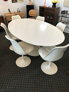 Knoll Eero Sarrinen Tulip Oval Dining Table And 6 Chairs