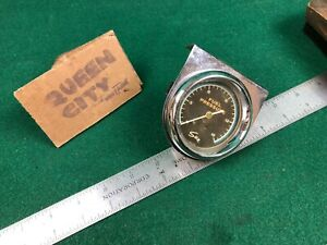 Vintage Sun Blue Line 2 5 8 Fuel Pressure Gauge W Mount 879 033 60s Chevy Dodge