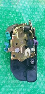 04 07 Dodge Caravan Chrysler Town Country Driver Lh Power Door Lock Actuator