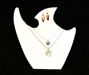 Two White Leatherette Necklace Earring Pendant Easel Display Stands Displays