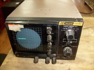 Vintage B k Precision 1403a Oscilloscope Powers Up From Ham Radio Estate