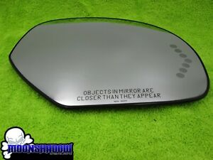 07 14 Gm Chevy Tahoe Oem Factory Passenger Side Turn Signal Mirror Glass Read