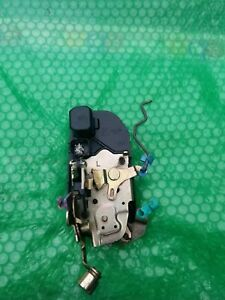 01 02 03 Dodge Caravan Chrysler Town Country Driver Power Door Lock Actuator