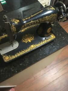 Vintage Singer Sewing Machine Serial Number G9147061