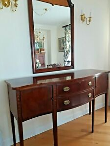 Ethan Allen 18th Century Inlaid Mahogany Chippendale Sideboard Buffet Server