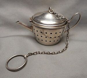 Vintage Sterling Silver Teapot Shaped Tea Strainer With Hinged Lid
