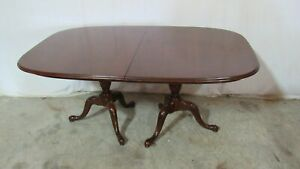 Mahogany Drexel Dining Room Table