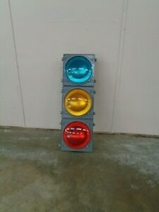 Traffic Control Technologies 3 Light Traffic Signal Red Yellow Green 12 Lens