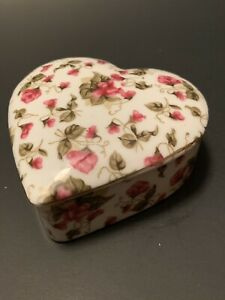 Royal Sealy China Japan Pink Roses Heart Shaped Trinket Box