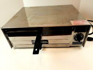 Commercial Nova Pizza Oven Model N 100 Party Time 1600 Watts Nice