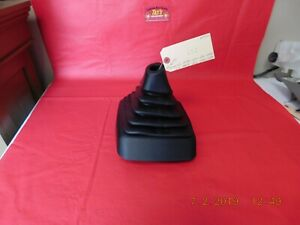2002 Ford F150 Rubber M t Shift Boot With Bezel Surround Oem