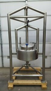 Suspended 40 Gallon Stainless Steel Coned Batching Tank W Load Cell