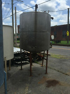 Stainless Steel Tank Approx 800 Gallons Used