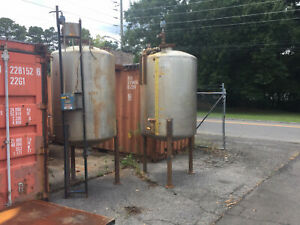 Stainless Steel Tank Approx 475 Gallon Capacity Good Condition Total Of 2