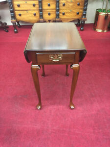 Vintage Harden Cherry Drop Leaf End Table One Drawer Queen Anne Style