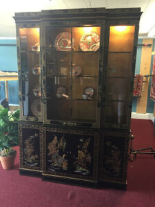 Drexel Vintage Oriental Style China Cabinet Gold Leaf Delivery Available